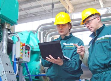Automating Change Processes in Manufacturing